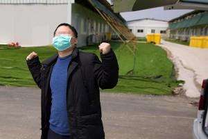 雷神山医院C3病区清零母子患者同日出院