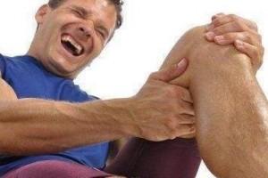膝盖痛苦又复发白果加艾草舒筋活络赶开滑膜炎腿疼消失了