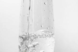 怎么给皮肤补水补水的正确措施