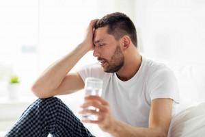 痛风能不能再喝酒痛风患者喝酒注意这些事